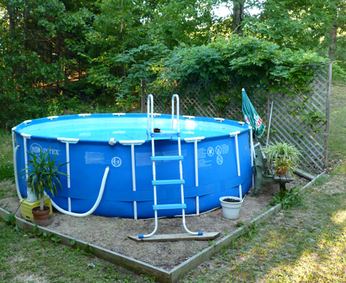 our inflatable ring pool - Above Ground Pool Privacy Screen