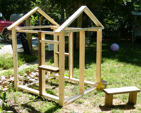 Diy outdoor playhouse plans pictures download unique wine for Wooden playhouse designs