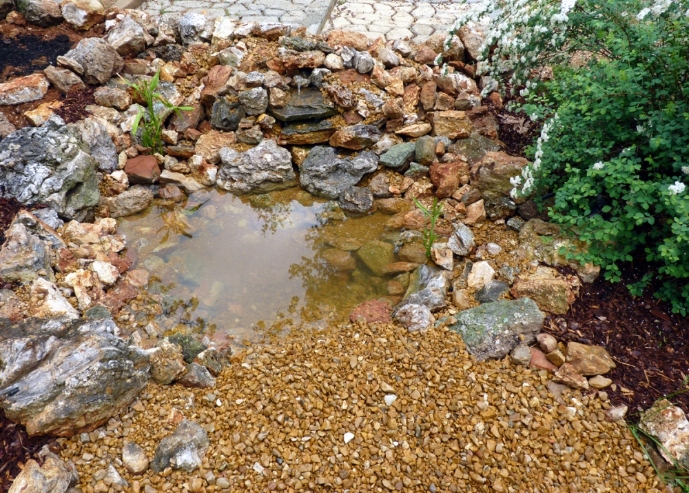 Building a Pond: Part 3, Waterfall & Fancy Bits  (5/5)